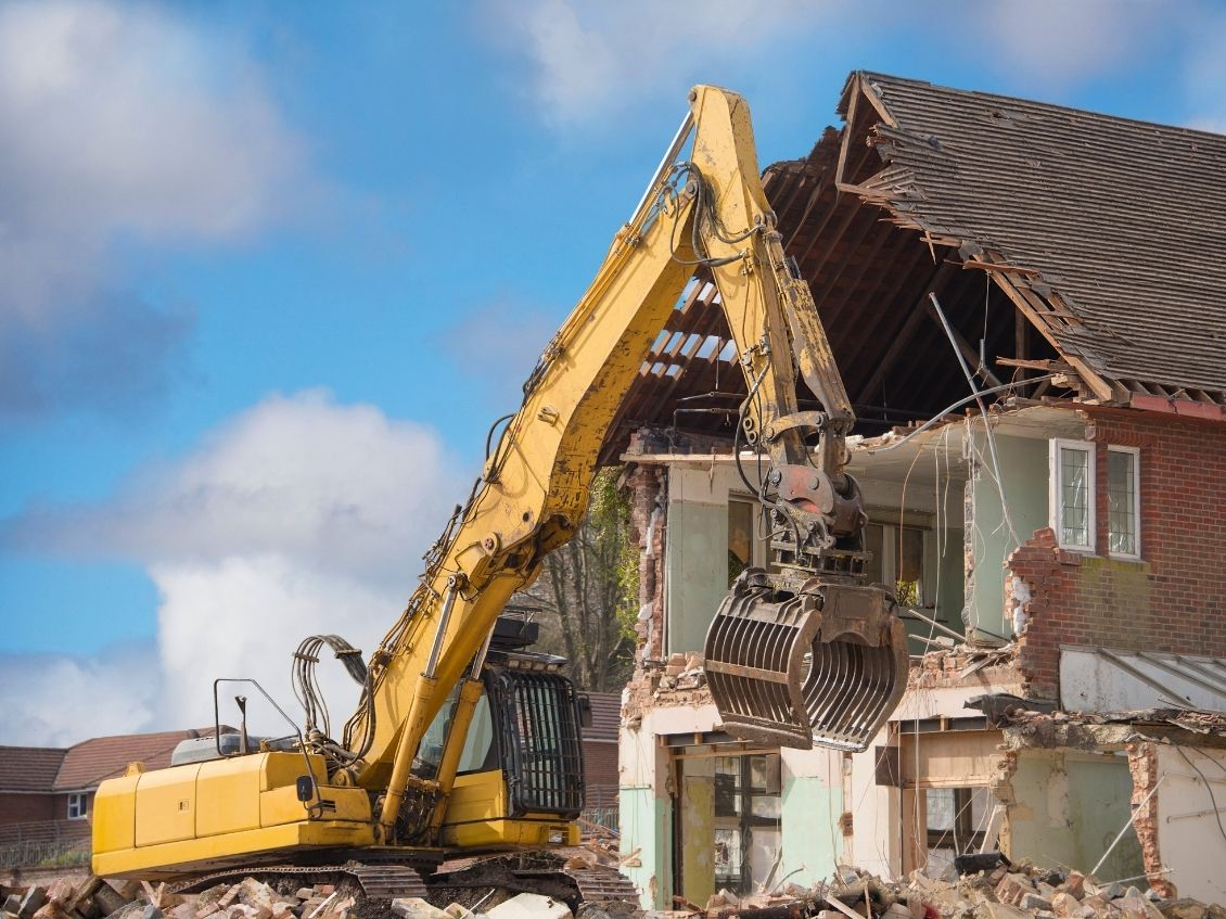 How To Properly Dispose of Demolition Debris
